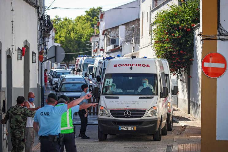Transferência dos idosos do lar em Reguengos de Monsaraz