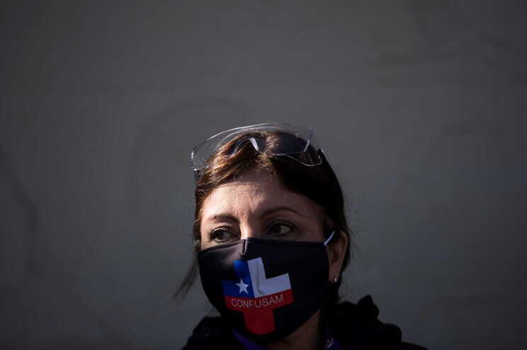 Segundo o balanço oficial, o Chile conta com 167.355 infetados e 3.101 mortos por covid-19