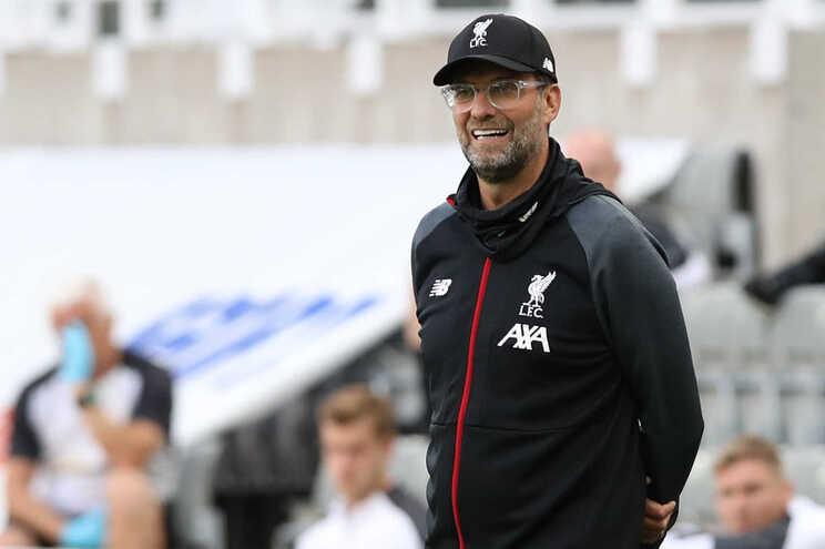 Jurgen Klopp foi eleito o melhor treinador da Liga Inglesa