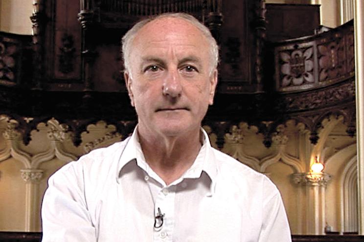 Oliver O'Grady, de 74 anos, estava a ser procurado pelas autoridades da Irlanda
