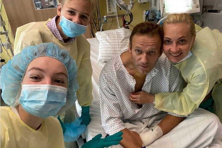 Navalny divulgou imagens a partir do hospital