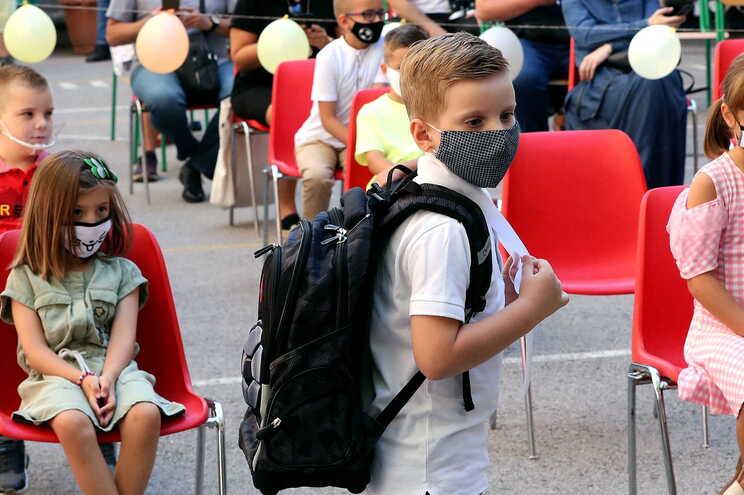 Mês de regresso à escola para milhões de crianças na Europa