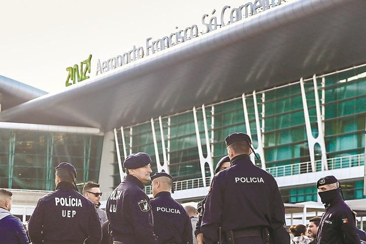 Unidade Especial de Polícia foi acionada para controlar motim
