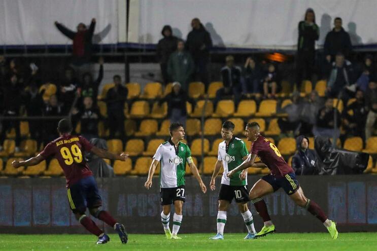 Sporting apresenta queixa contra o Alverca por utilização irregular de jogador