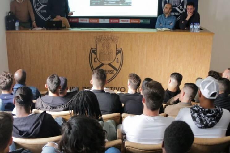 Plantel do Feirense teve sessão de esclarecimento sobre VAR