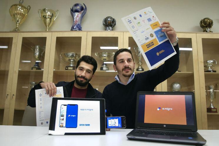 Jorge Moreira e André Leite, dois dos autores do projeto para aproximar comunidade poveira espalhada