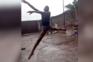 Vídeo de nigeriano a dançar à chuva valeu-lhe bolsa de estudo em Nova Iorque