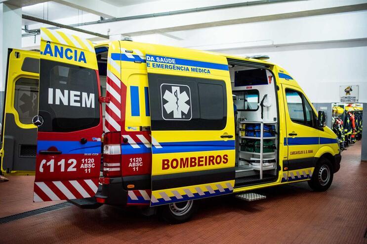 Ministério da Saúde está a ponderar a compra de novas ambulâncias pelo INEM
