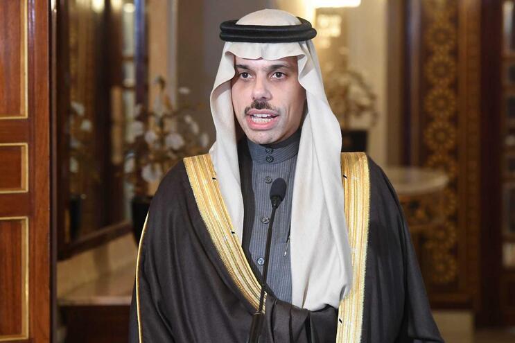 O chefe de diplomacia da Arábia Saudita, o príncipe Faisal bin Farhan
