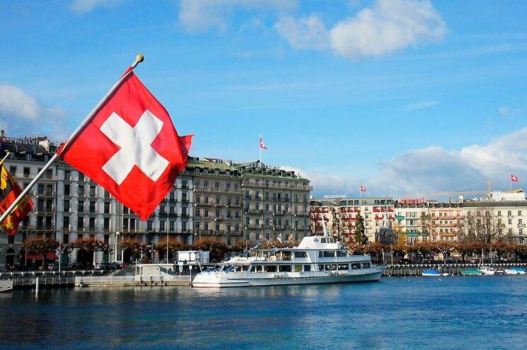 Na Suíça, à semelhança do que está a acontecer em Portugal, o desconfinamento é feito por fases
