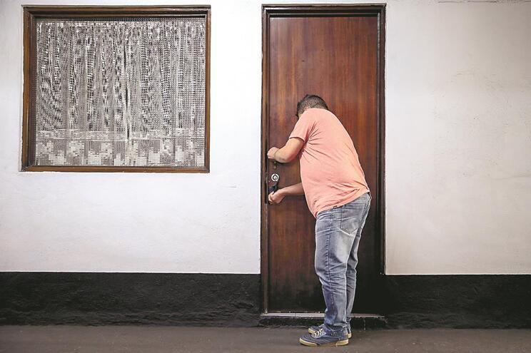 Nos privados, como é o caso de António Rebelo, da Chaves Silo, o preço ainda ronda os 30 euros, dependendo