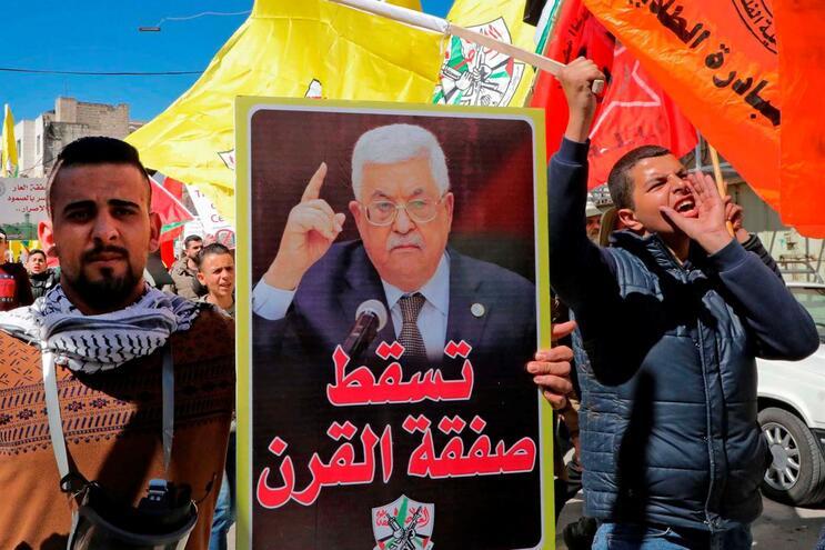 Anúncio foi feito pelo presidente da Autoridade Palestiniana, Mahmud Abbas