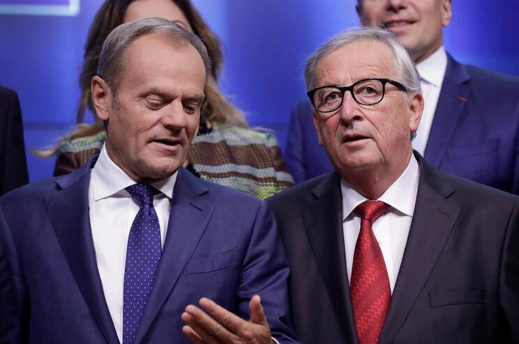 O presidente da Comissão Europeia, Jean-Claude Juncker, escreveu ao líder do Conselho Europeu, Donald