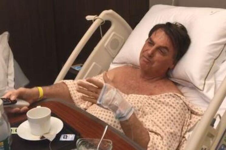 Bolsonaro operado com êxito fica hospitalizado pelo menos cinco dias