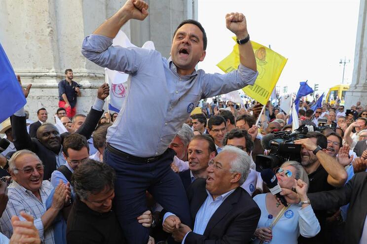 Votar PS é dar asas aos sonhos europeus e força a António Costa, diz Pedro Marques
