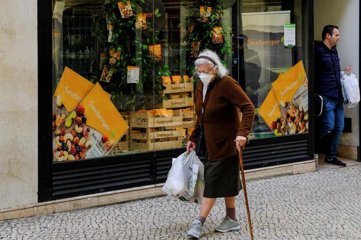 Portugueses às compras em Lisboa