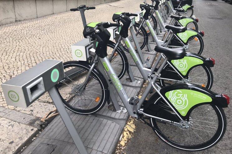 Câmara de Lisboa sugere bicicletas a quem está sem combustível