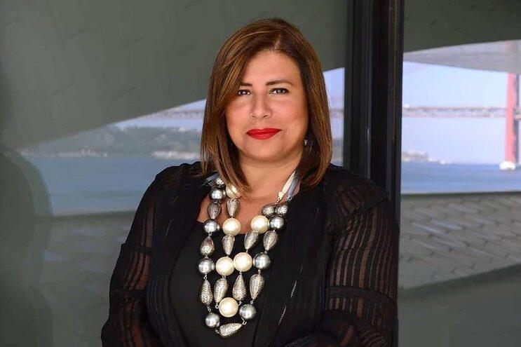 Única mulher presidente de uma câmara de comércio na Suíça é portuguesa