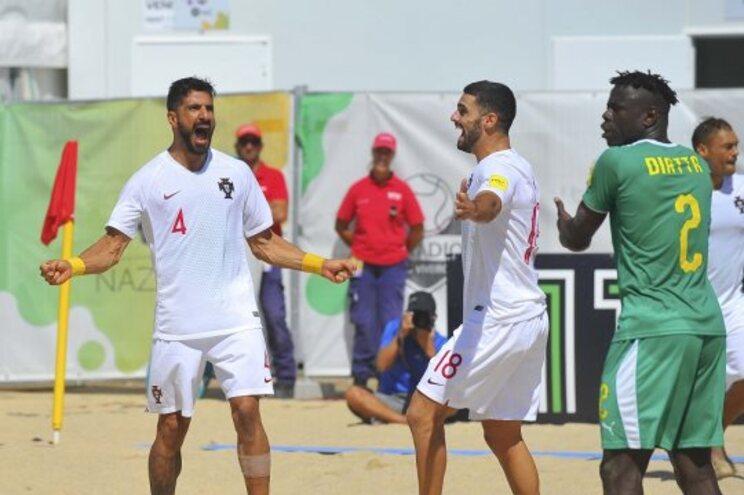 Portugal entra a ganhar no Mundialito na Nazaré
