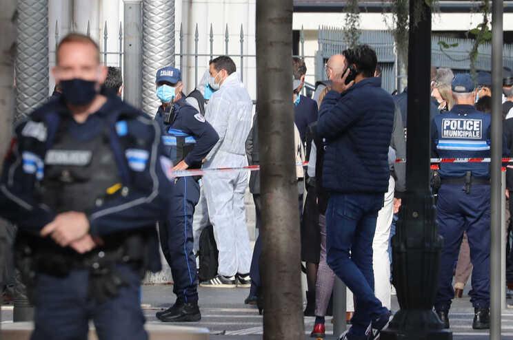 Três pessoas morreram no ataque