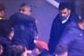 Elemento do F. C. Porto tentou agredir adepto com medalha