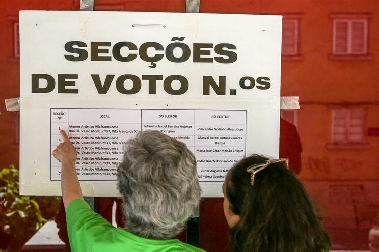 Mais 67 mil votantes face a 2014, apesar de menor percentagem de afluência