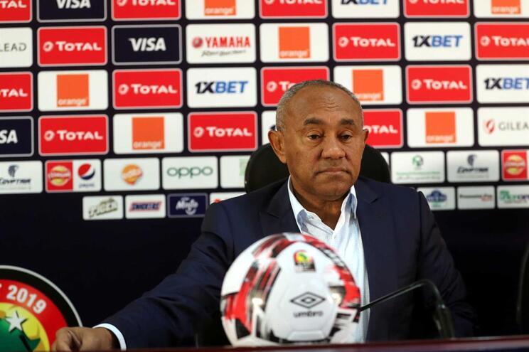 FIFA vai gerir a CAF para assegurar transparência