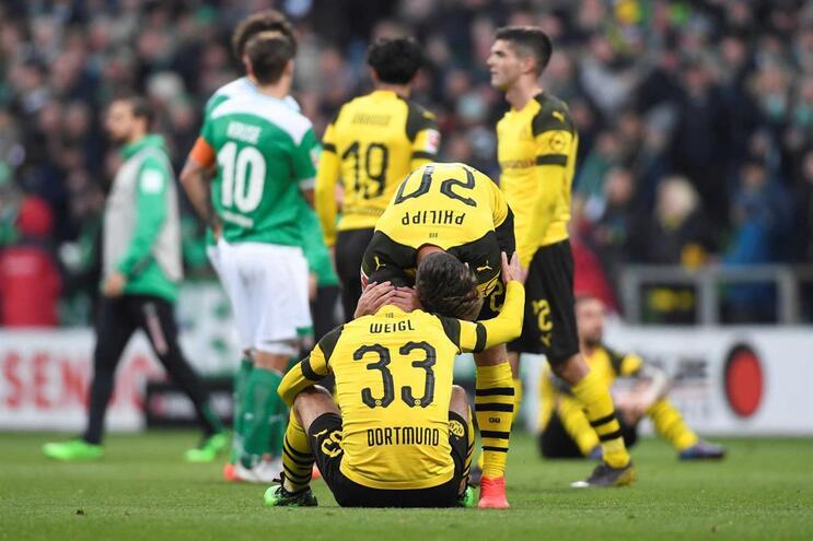 Borussia Dortmund empata e deixa caminho aberto para o título ao Bayern Munique