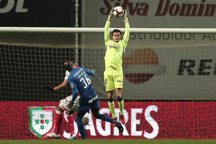 Tiago Sá renova com o Braga até 2023