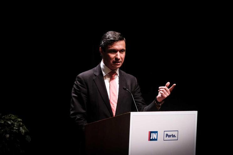 A notícia foi confirmada pelo presidente da câmara de Famalicaão, Paulo Cunha