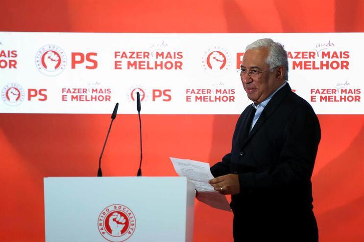 Costa quer aumentar salário médio até ao nível atingido antes da crise de 2010