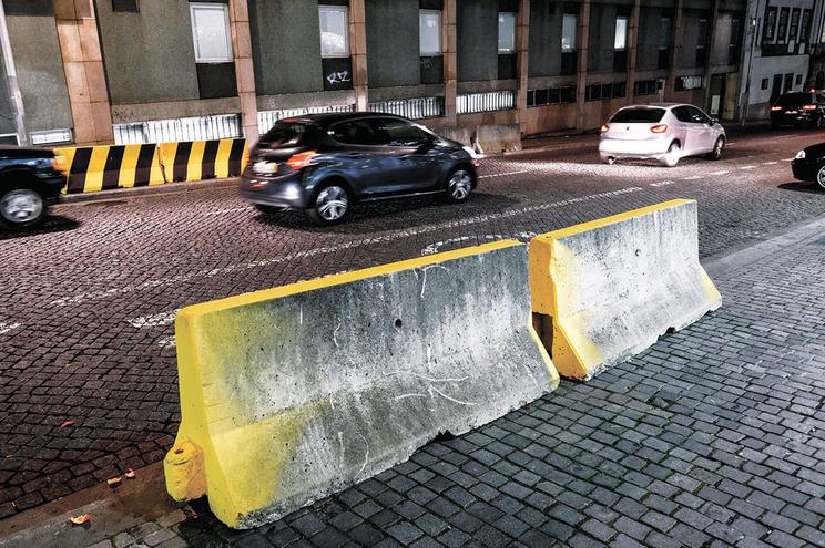 Barreiras de betão e antiterroristas irão ser colocadas para controlar acessos a zonas sensíveis das