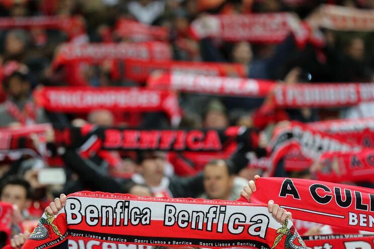 Alerta de banco levou PJ às buscas no Benfica