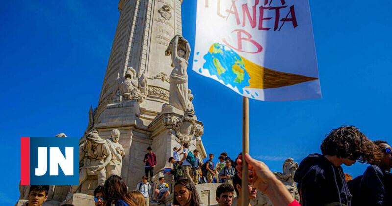 Os protestos dos jovens pela defesa do clima em 60 segundos
