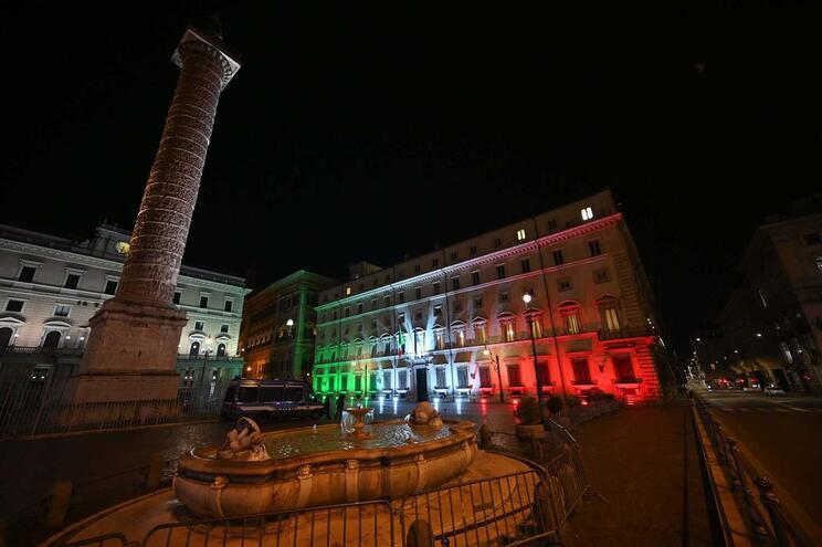 Desde finais de fevereiro, Itália registou um total de 31.506 casos de infeção do novo coronavírus