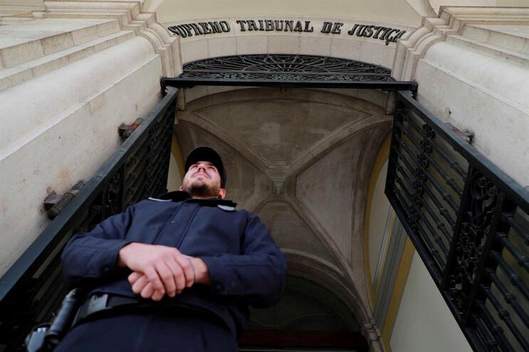 Juízes do Supremo Tribunal de Justiça deram razão a ex-imigrante injustamente punido