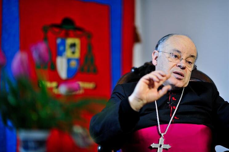 Bispo de Vila Real, D. Amândio Tomás, decidiu suspender padre