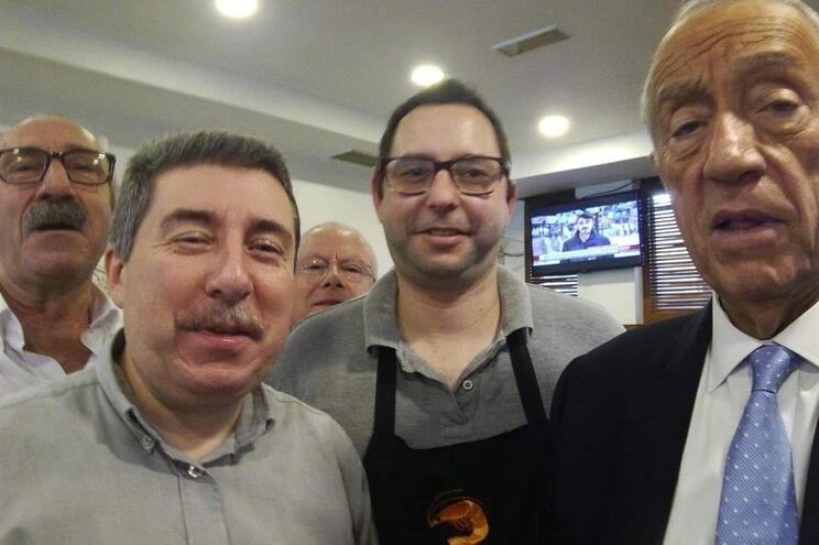 Marcelo esteve na Cervejaria Galiza em solidariedade com os trabalhadores