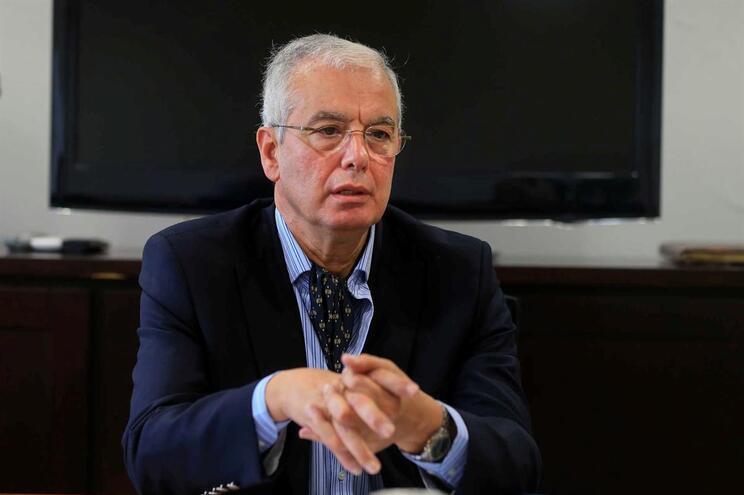 António da Silva Dias Alves renunciou ao cargo de presidente do Conselho de Administração do Hospital