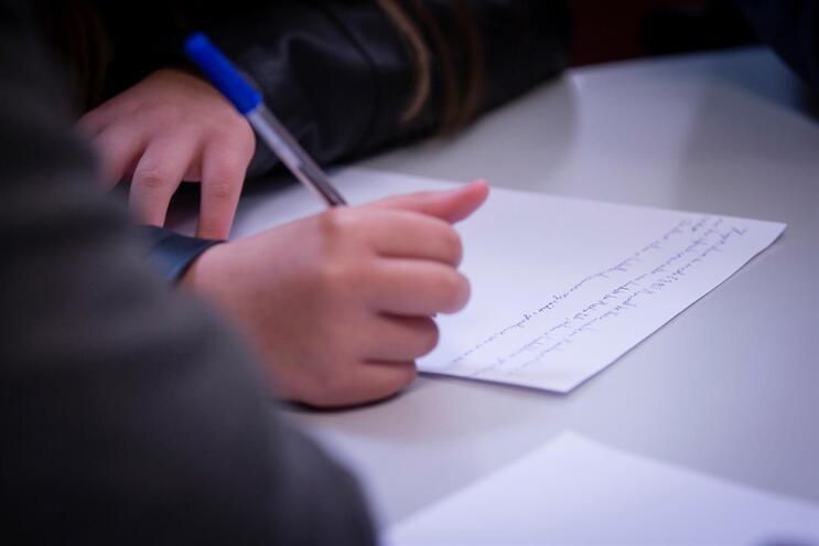 Aluno de escola de Braga, assintomático, vai ficar em isolamento 14 dias