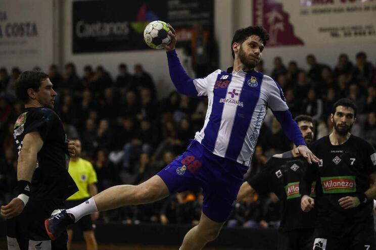 F. C. Porto vence em casa do Holstebro e segue invicto na Taça EHF