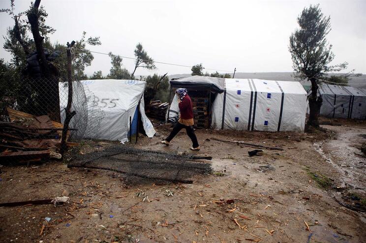 Polícia Marítima portuguesa resgata 47 migrantes na Grécia