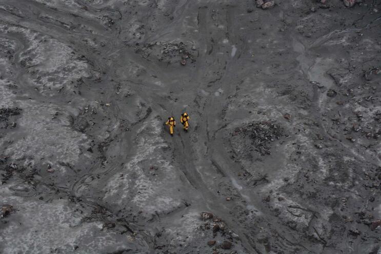 Sobe para 18 número de mortos em erupção na Nova Zelândia