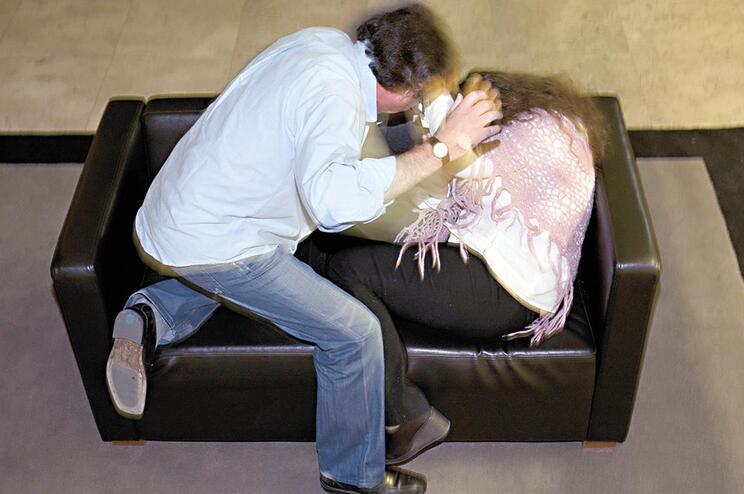 Mais de 30 mil mulheres vítimas de violência doméstica
