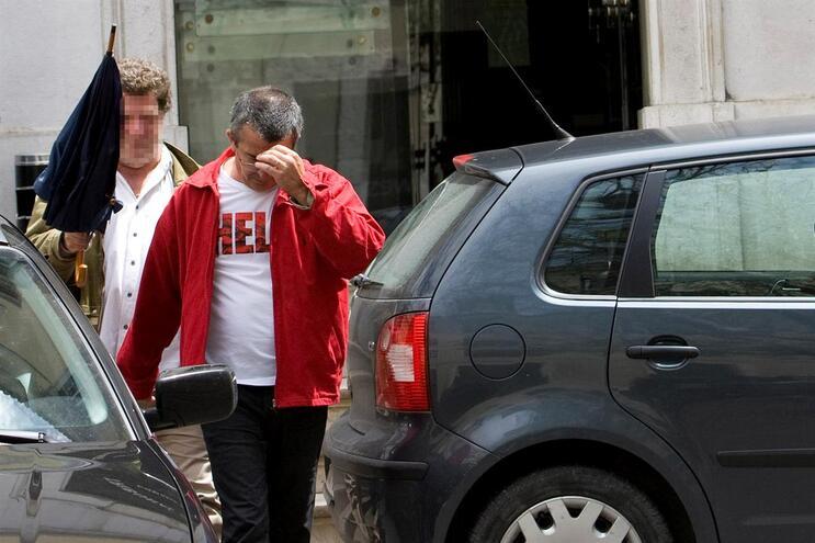 Franklim Lobo à saída do tribunal em Lisboa, em 2009