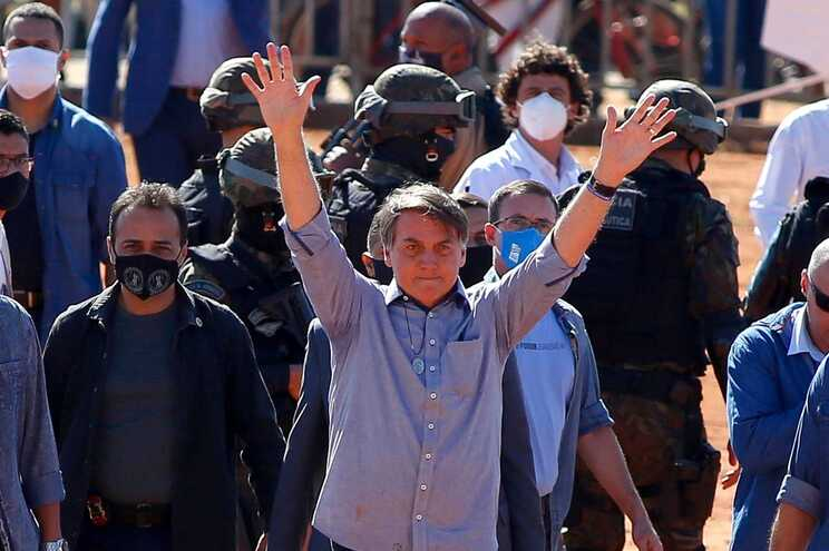 Bolsonaro confirmou a alteração no Twitter