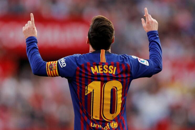 Lionel Messi festeja golo frente ao Sevilha