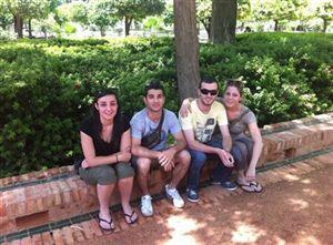 André da Costa (segundo à esquerda) com o grupo que viajou até Marrocos