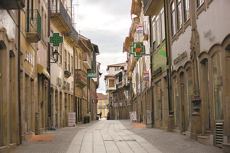 Zona histórica de Chaves onde está concentrado grande parte do comércio local