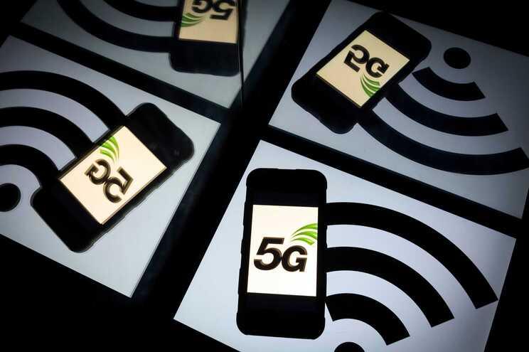 """Altice diz que regulação é """"hostil"""" e admite desinvestimento no 5G"""